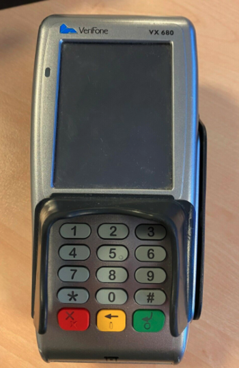 136618