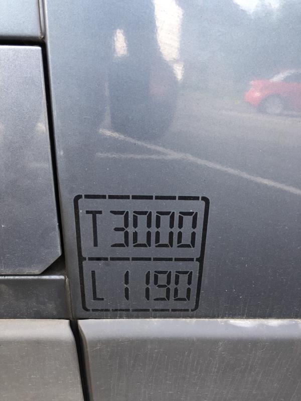 123811