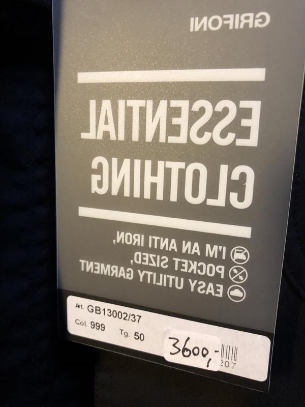 126869