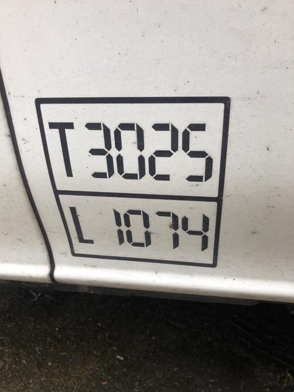 127373